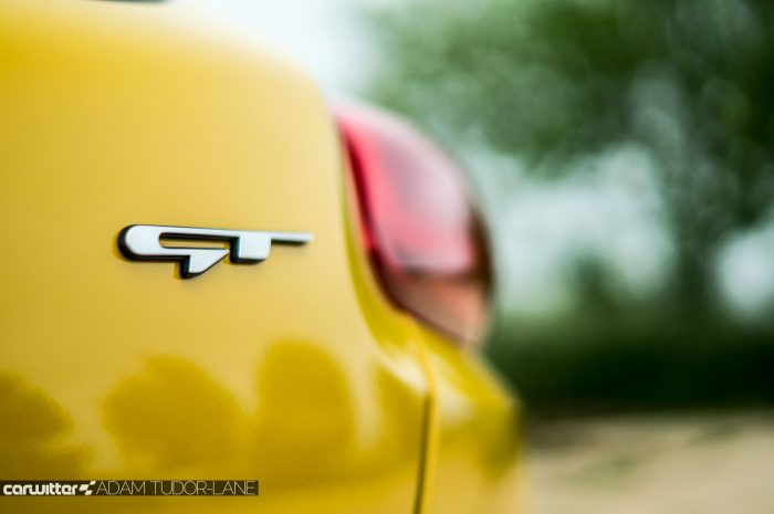 2016 KIA Pro Ceed GT Review - GT Badge - carwitter