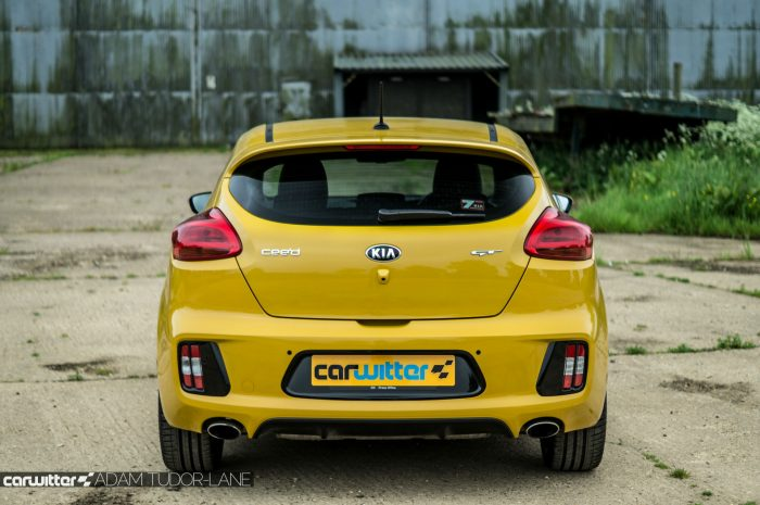 2016 KIA Pro Ceed GT Review - Rear - carwitter