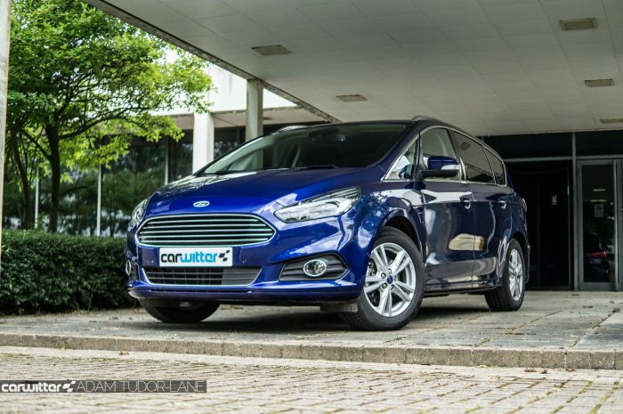 2016 Ford S Max Review Font Angle Low carwitter 700x465 - 2016 Ford S-Max Titanium Review - 2016 Ford S-Max Titanium Review