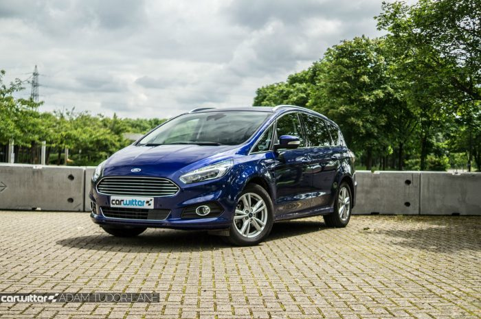 2016 Ford S Max Review Font Low Angle carwitter 700x465 - 2016 Ford S-Max Titanium Review - 2016 Ford S-Max Titanium Review