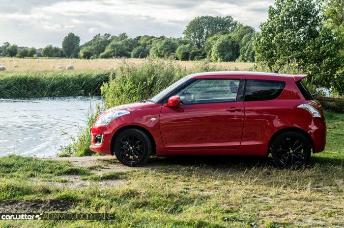 2016 Suzuki Swift SZ L Review Side Scene Carwitter 700x465 - 2016 Suzuki Swift SZL Review - 2016 Suzuki Swift SZL Review