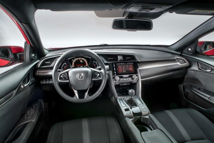 2017-honda-civic-interior