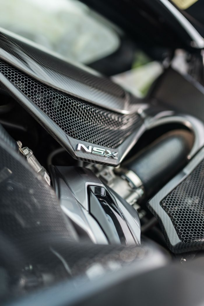 2016-honda-nsx-review-engine-bay-carwitter
