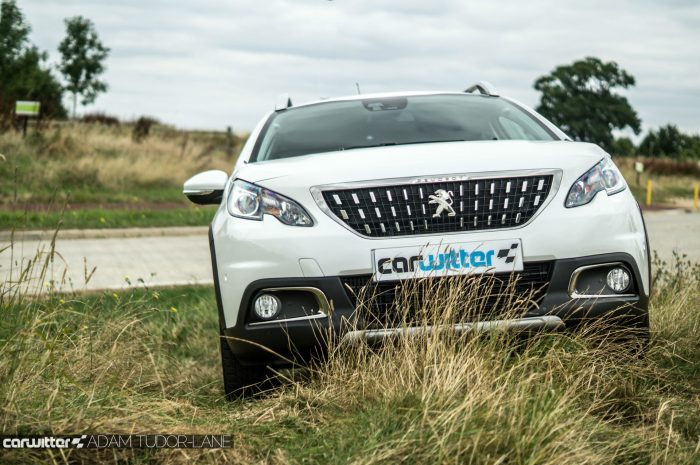 2016 Peugeot 2008 Allure 1.2 Review Front Scene carwitter 700x465 - 2016 Facelift Peugeot 2008 Review - 2016 Facelift Peugeot 2008 Review
