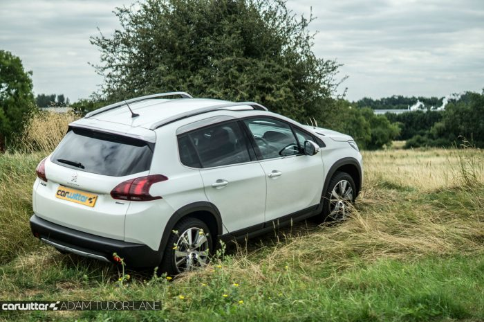 2016 Peugeot 2008 Allure 1.2 Review Side Off Road carwitter 700x465 - 2016 Facelift Peugeot 2008 Review - 2016 Facelift Peugeot 2008 Review