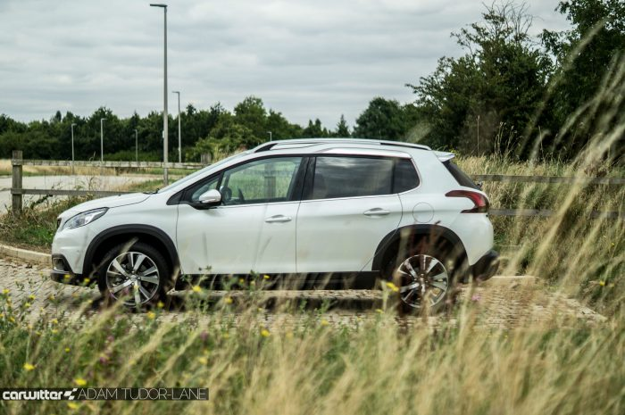2016 Peugeot 2008 Allure 1.2 Review Side carwitter 700x465 - 2016 Facelift Peugeot 2008 Review - 2016 Facelift Peugeot 2008 Review