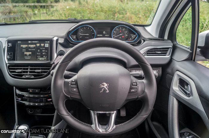 2016 Peugeot 2008 Allure 1.2 Review Steering Wheel carwitter 700x465 - 2016 Facelift Peugeot 2008 Review - 2016 Facelift Peugeot 2008 Review