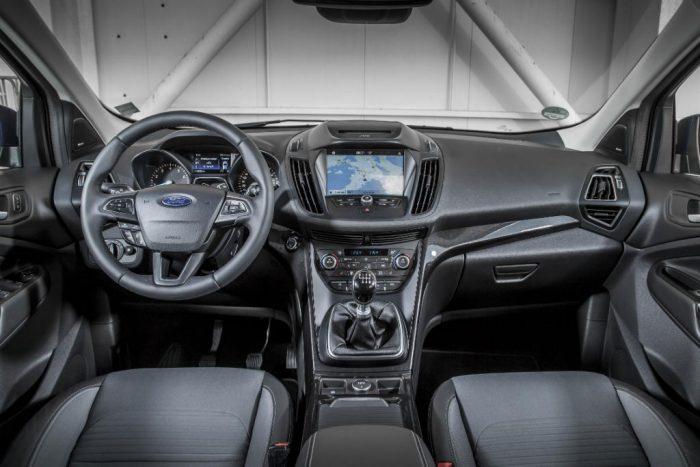 Ford Kuga 2016 Facelift Dashboard 700x467 - Details Revealed on Facelift Ford Kuga - Details Revealed on Facelift Ford Kuga