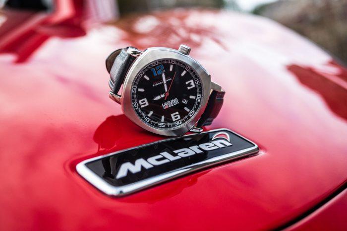 Omologato Watch Review McLaren carwitter 700x465 - Omologato Watch Review - The drivers timepiece - Omologato Watch Review - The drivers timepiece