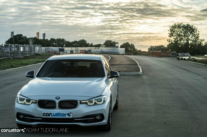 2016 BMW 330e eDrive Review Front Scene M carwitter 700x465 - BMW 330e Review - The future of motoring - BMW 330e Review - The future of motoring