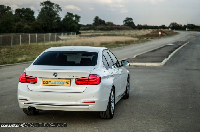 2016-bmw-330e-edrive-review-rear-dist-carwitter