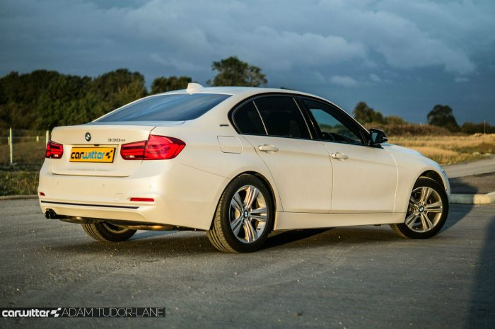 2016-bmw-330e-edrive-review-side-angle-carwitter