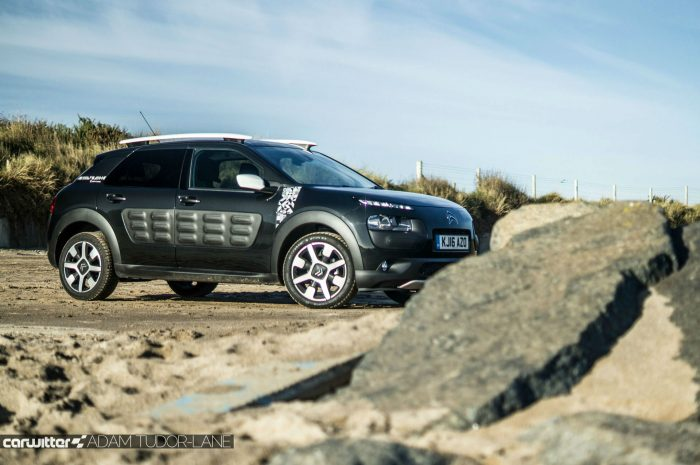 2016-citroen-c4-cactus-ripcurl-review-side-scene-carwitter