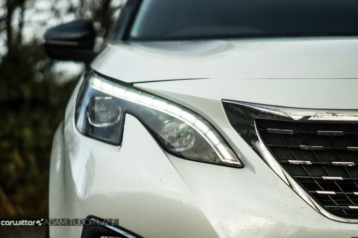 2016-peugeot-3008-suv-review-headlight-detail-carwitter