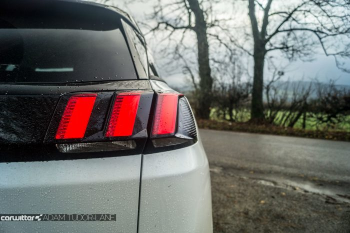 2016-peugeot-3008-suv-review-rear-light-claw-carwitter