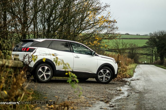 2016-peugeot-3008-suv-review-side-carwitter