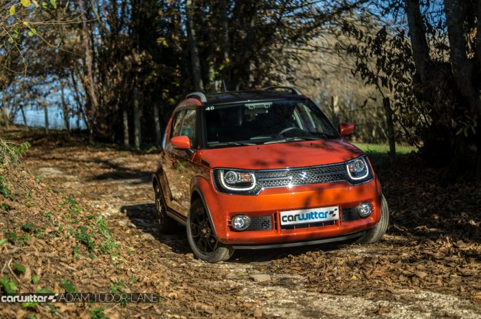 2016-suzuki-ignis-review-front-scene-carwitter