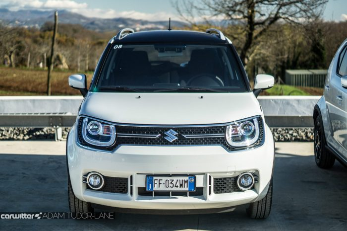 2016 Suzuki IGNIS Review White Front carwitter 700x465 - 2016 Suzuki IGNIS Review - 2016 Suzuki IGNIS Review