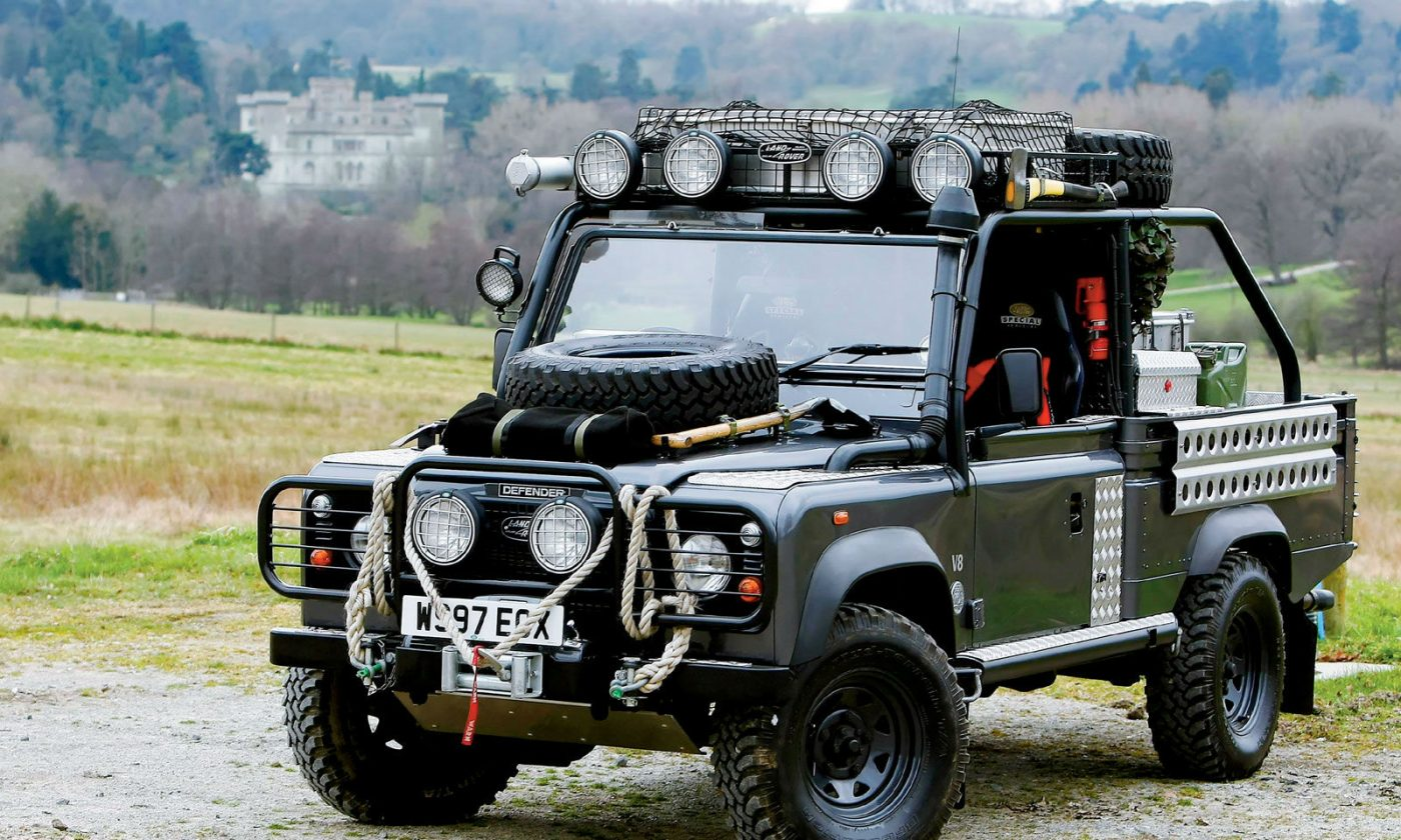Tomb Raider Land Rover Defender FOUR WHEELER carwitter 1400x840 - Looking for Your Next Project? Tune Up a Land Rover - Looking for Your Next Project? Tune Up a Land Rover