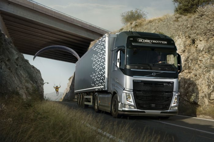 Volvo Trucks The Flying Visitor LIVE TEST 001 carwitter 700x465 - Volvo Trucks – The Flying Passenger VIDEO - Sponsored - Volvo Trucks – The Flying Passenger VIDEO - Sponsored