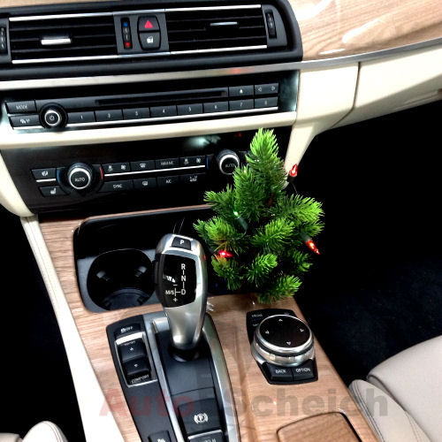 mini plug in christmas tree carwitter how to decorate your car for christmas mini - Christmas Decorations For Your Car