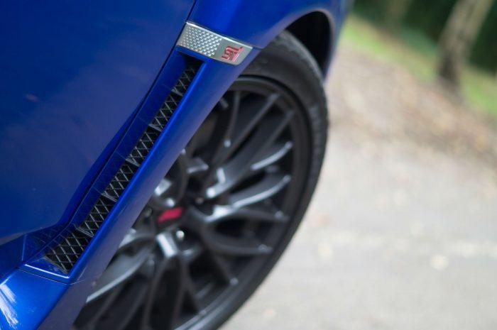 2016 Subaru WRX STi Review Air Vent Detail carwitter 700x465 - Subaru WRX STi 2016 Review - Subaru WRX STi 2016 Review