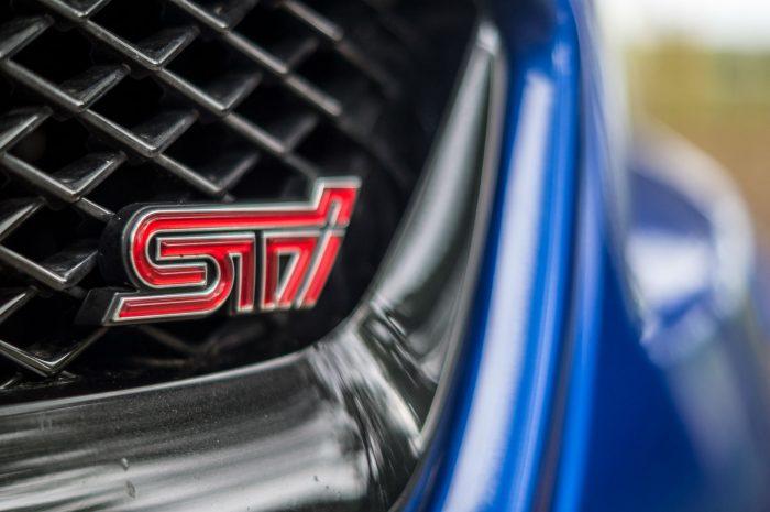 2016 Subaru WRX STi Review Front STi Badge carwitter 700x465 - Subaru WRX STi 2016 Review - Subaru WRX STi 2016 Review