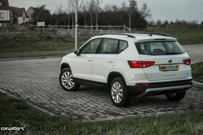 2017 SEAT Ateca Review Rear Angle carwitter 700x465 - SEAT Ateca Review UK - SEAT Ateca Review UK