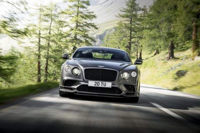Bentley Continental Supersports Front 2 700x466 - Bentley Unleash Continental Supersports - Bentley Unleash Continental Supersports