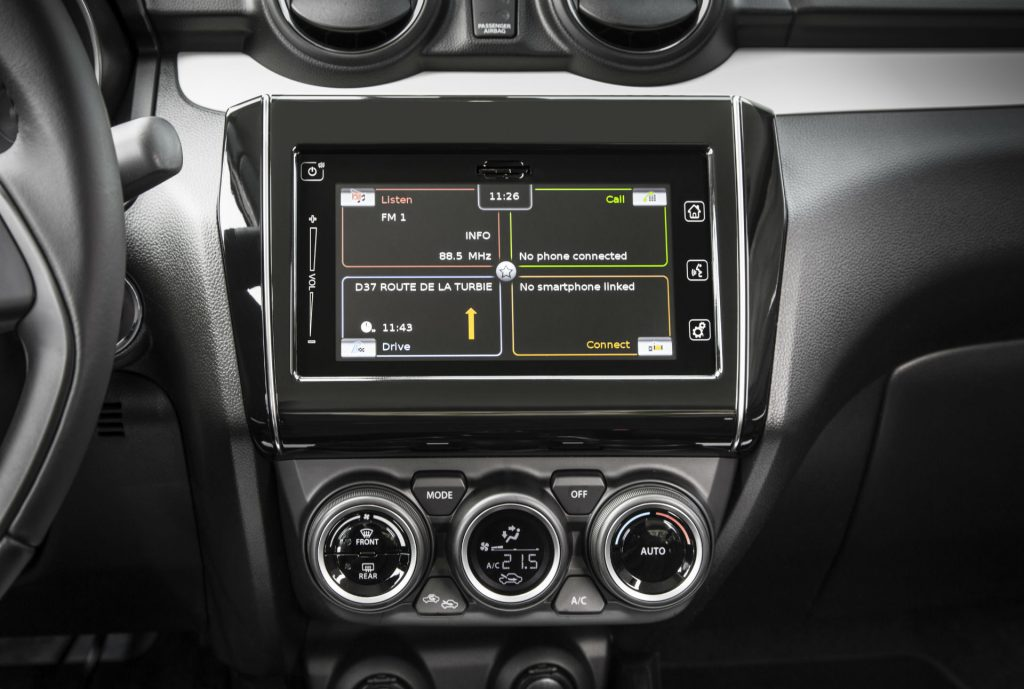 2017 Suzuki Swift Review Infotainment carwitter 1024x689 - New 2017 Suzuki Swift Review - New 2017 Suzuki Swift Review