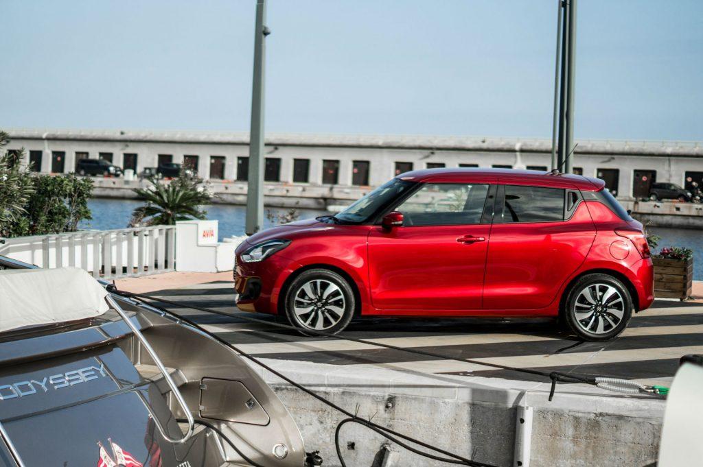 2017 Suzuki Swift Review Side carwitter 1024x681 - New 2017 Suzuki Swift Review - New 2017 Suzuki Swift Review