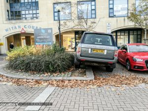 Bad Parking 001 carwitter 300x225 - An Open Letter To People Who Can't Park... - An Open Letter To People Who Can't Park...