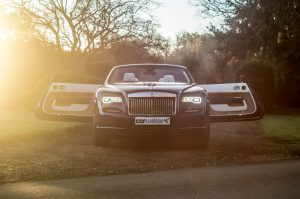 Rolls Royce Dawn Review 2017 Doors Open Far carwitter 300x199 - Rolls Royce Dawn 2017 Review - Rolls Royce Dawn 2017 Review