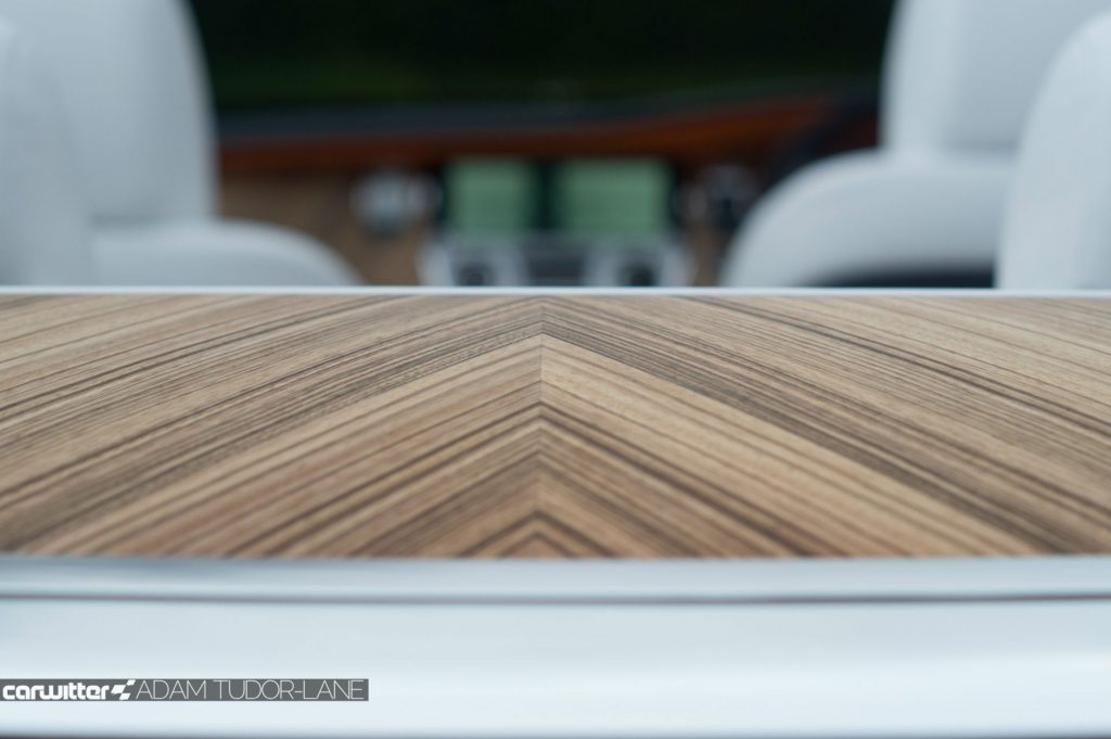 Rolls Royce Dawn Review 2017 Paldao Veneer carwitter 1024x681 - Rolls Royce Dawn 2017 Review - Rolls Royce Dawn 2017 Review
