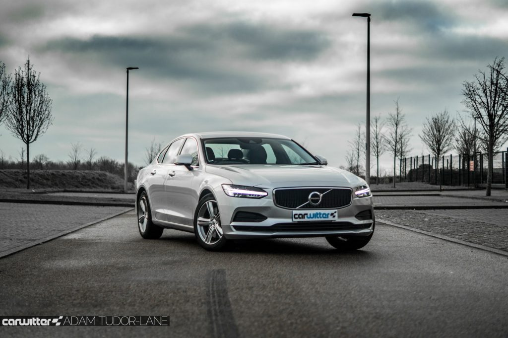 Volvo S90 UK Review Front Angle carwitter 1024x681 - Volvo S90 Review 2017 - Volvo S90 Review 2017