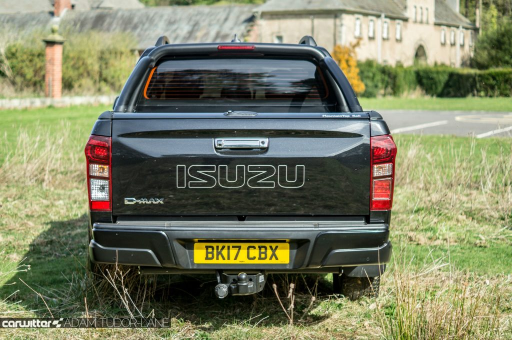 2017 Isuzu D Max Pickup Review Back carwitter 1024x681 - 2017 Isuzu D-Max Review - 2017 Isuzu D-Max Review