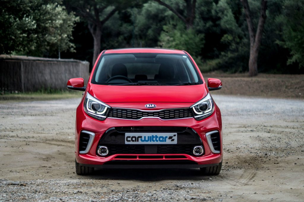 2017 Kia Picanto Review Front Low carwitter 1024x681 - 2017 Kia Picanto Review - 2017 Kia Picanto Review