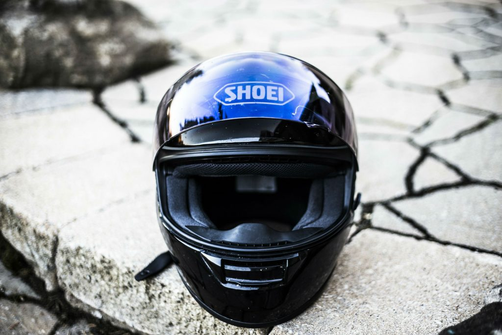Motorbike Helmet carwitter 1024x683 - Car Vs Motorbike: Which is Best For Your Lifestyle? - Car Vs Motorbike: Which is Best For Your Lifestyle?
