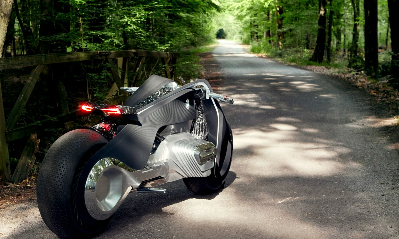 Motorrad Vision Next 100 Rear Carwitter 1400x840 - BMW Wants To Make A Motorbike That Can't Fall Over - BMW Wants To Make A Motorbike That Can't Fall Over