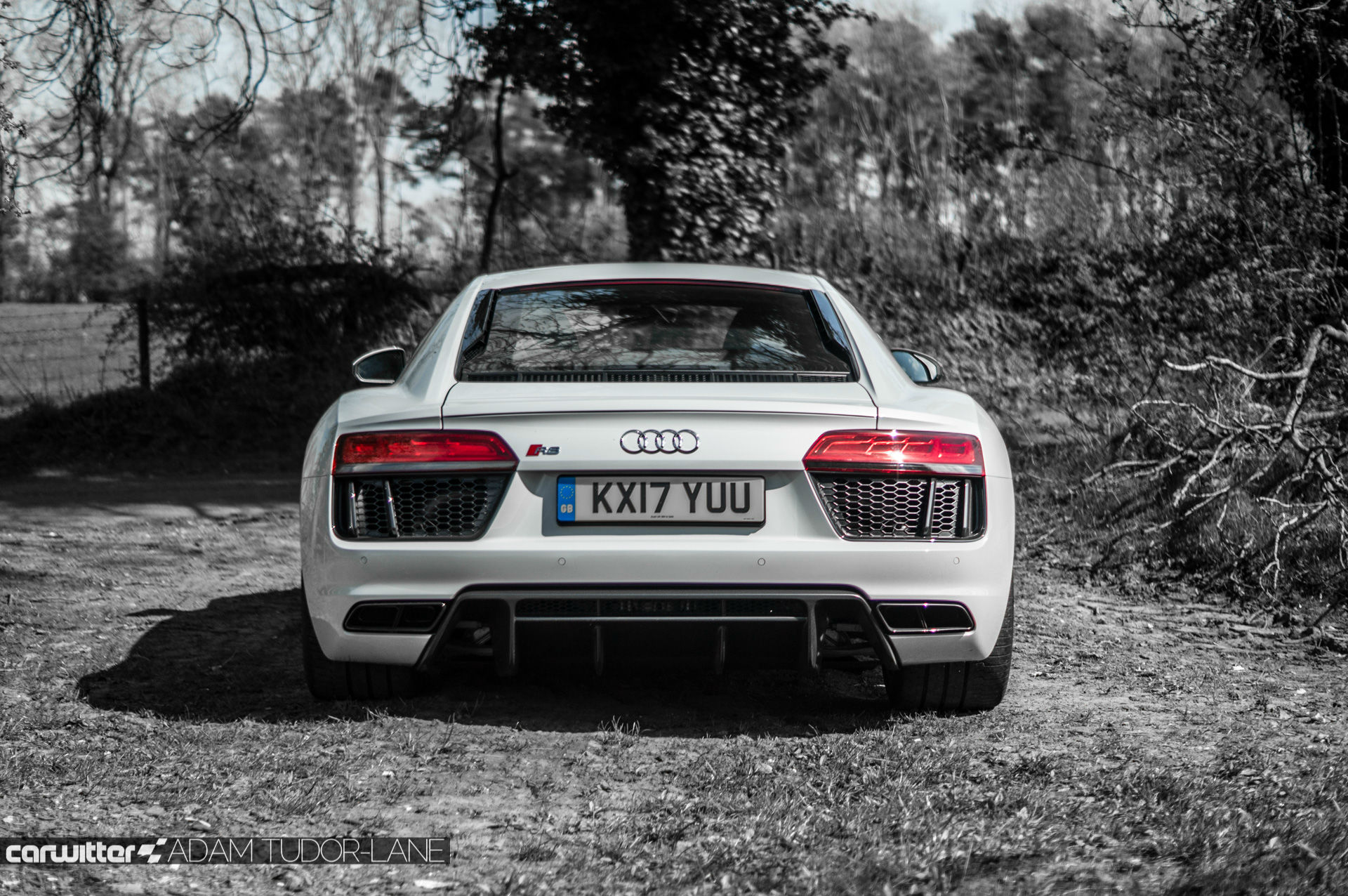 2017 Audi R8 V10 Review You Don T Need The Plus Here S Why Carwitter