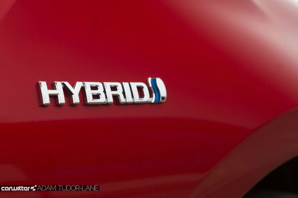 2017 Toyota Pruis Review Hybrid Badge carwitter 1024x681 - Toyota Prius Review 2017 - Toyota Prius Review 2017