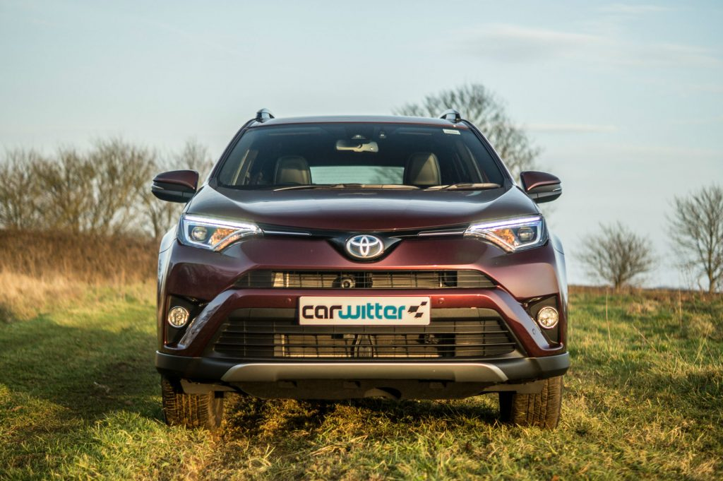 2017 Toyota Rav4 Review Front Low carwitter 1024x681 - 2017 Toyota RAV4 Hybrid Review - 2017 Toyota RAV4 Hybrid Review