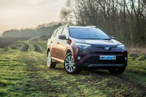 2017 Toyota Rav4 Review Front Main L carwitter 300x199 - 2017 Toyota RAV4 Hybrid Review - 2017 Toyota RAV4 Hybrid Review