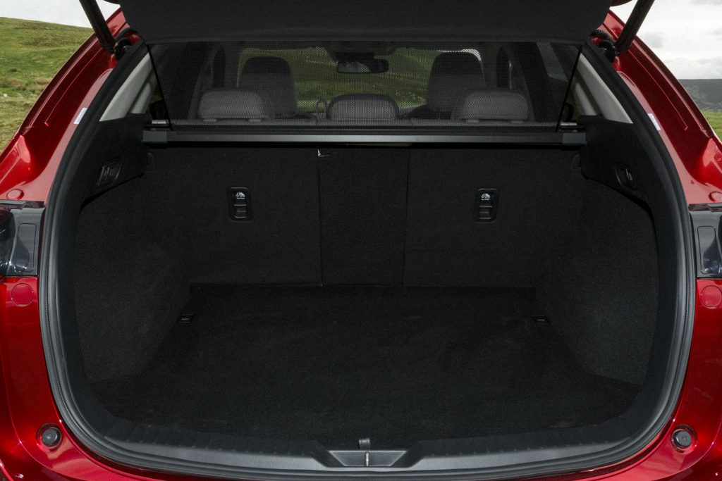 2017 Mazda CX 5 Review Boot Space carwitter 1024x683 - 2017 Mazda CX-5 2.2 Diesel Sport Nav Review - 2017 Mazda CX-5 2.2 Diesel Sport Nav Review