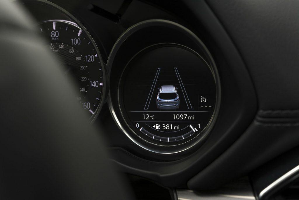 2017 Mazda CX 5 Review Dials carwitter 1024x683 - 2017 Mazda CX-5 2.2 Diesel Sport Nav Review - 2017 Mazda CX-5 2.2 Diesel Sport Nav Review