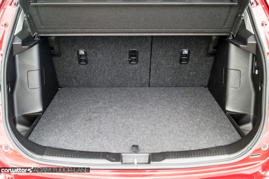 2017 Suzuki SX4 S Cross 1.0 Boosterjet Review Boot Close carwitter 1024x681 - 2017 Suzuki SX4 S-Cross 1.0 litre Boosterjet review - 2017 Suzuki SX4 S-Cross 1.0 litre Boosterjet review