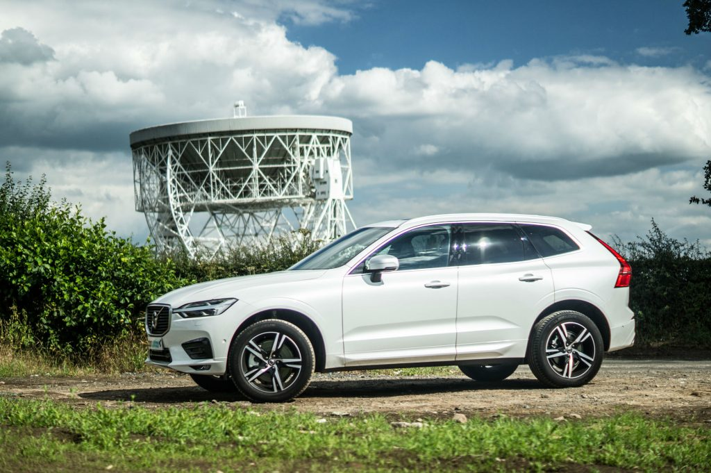 2017 New Volvo XC60 Review Side carwitter 1024x681 - What To Consider When Taking an Auto Loan? - What To Consider When Taking an Auto Loan?