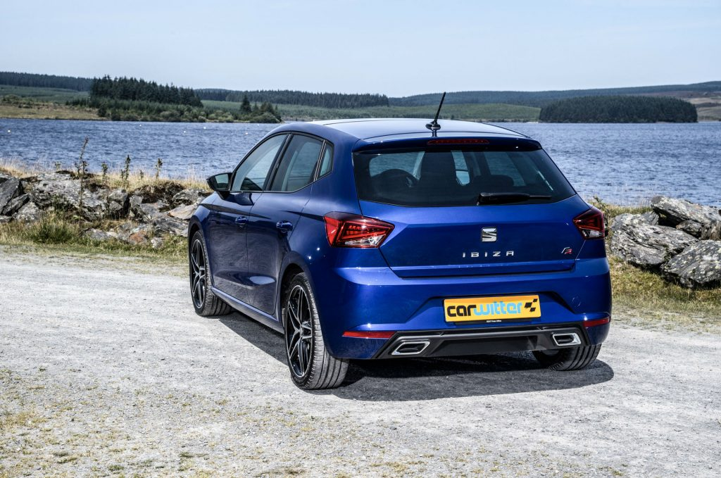 2017 SEAT Ibiza FR Review Rear Scene carwitter 1024x679 - 2017 SEAT Ibiza Review - 2017 SEAT Ibiza Review