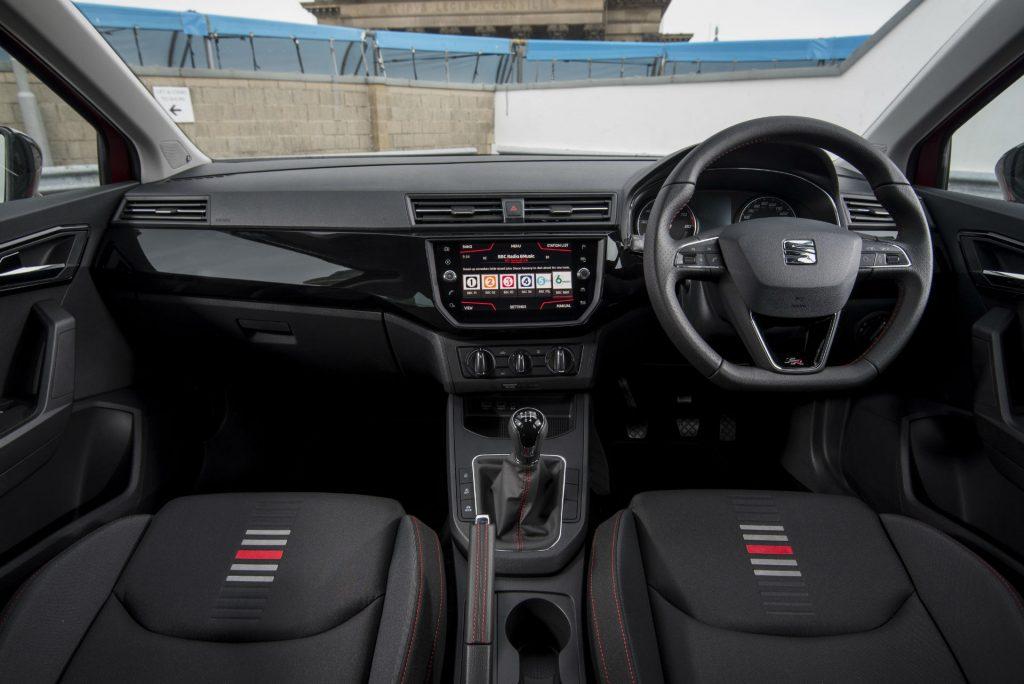 2017 SEAT Ibiza Review Dashboard carwitter 1024x684 - 2017 SEAT Ibiza Review - 2017 SEAT Ibiza Review