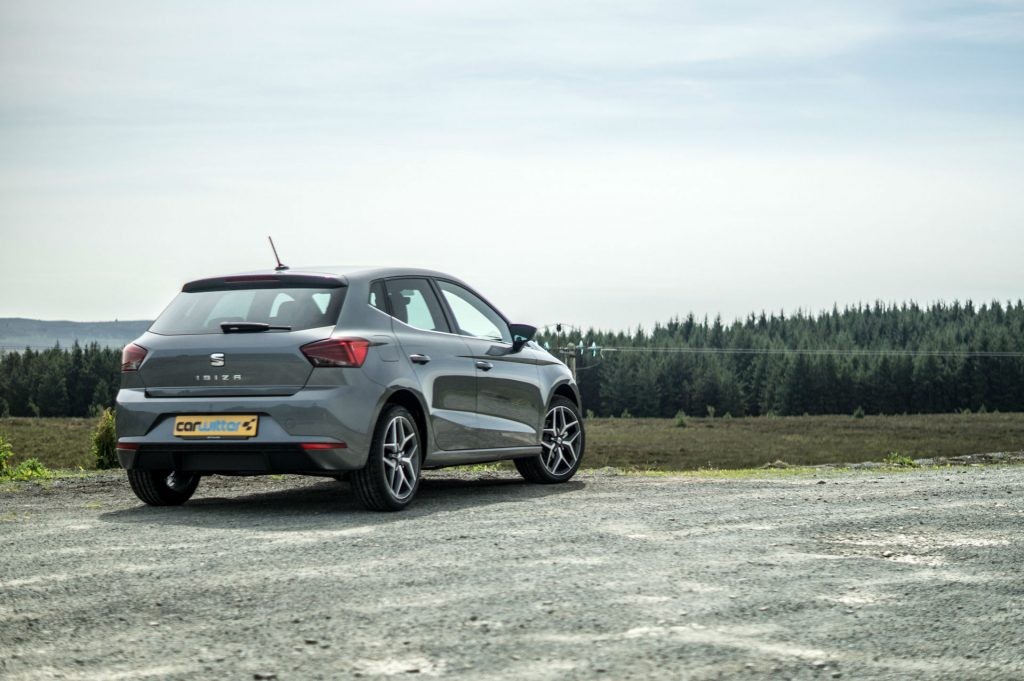 2017 SEAT Ibiza Review Rear Scene carwitter 1024x681 - 2017 SEAT Ibiza Review - 2017 SEAT Ibiza Review